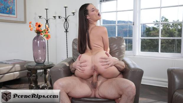 familyhookups-17-11-10-cassidy-klein-stepuncles-sexy-dinner-date.jpg