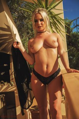 Sara Louise - Overlooked y6rv3pczqt.jpg