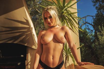 Sara Louise - Overlooked z6rv3p7vxg.jpg