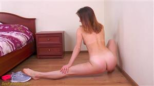 sexflexvideo-17-06-24-alisa-adelson-flexi-masturbation.jpg