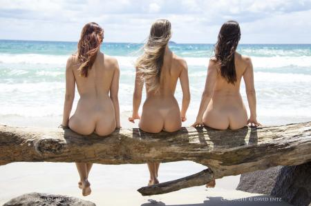Aims, Elly & Kathleen - Beach Bums  m6rv4pdjwi.jpg
