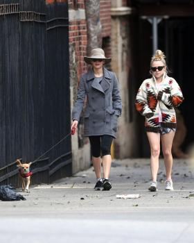 Jennifer Lawrence walking her dog in NYC 5