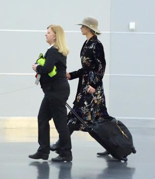 Jennifer Lawrence at JFK 11/21/17 1