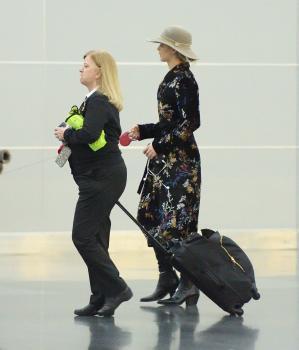 Jennifer Lawrence at JFK 11/21/17 2