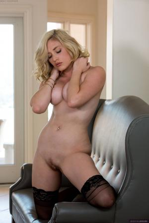 MK Blondie - Set 330043 y6rv5rbaha.jpg