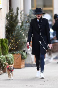 Jennifer Lawrence out with Pippi LawrenceStocking in 4