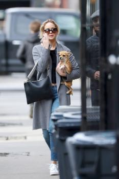 Jennifer Lawrence out in NYC 12/20/17 6