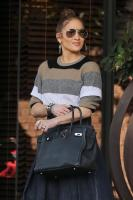 jennifer-lopez-south-beverly-grill-in-beverly-hills-122917-8.jpg