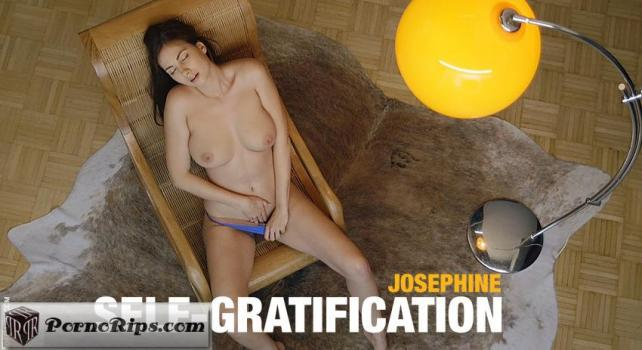 femjoy-17-11-27-josephine-self-gratification.jpg